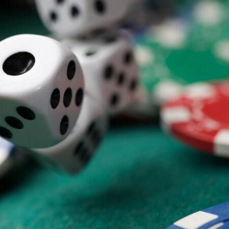 ¿Qué obtienes por acertar 2 números en la lotería?